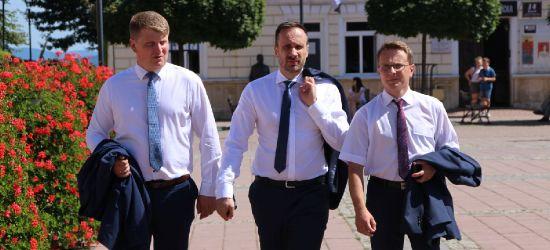 Autobusy na gaz przyszłością Autosanu. Wiceminister Janusz Kowalski w Sanoku (VIDEO, ZDJĘCIA)