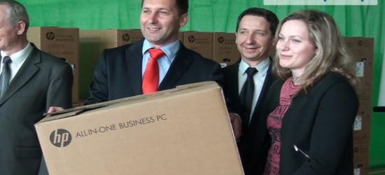 100 nowoczesnych komputerów trafiło do rodzin z gminy Zagórz (FILM)