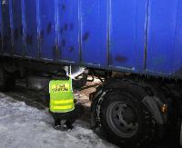 GRANICA: Sfałszowany VIN i ślady malowania na naczepie. Ukrainiec trafił w ręce policji (ZDJĘCIA)