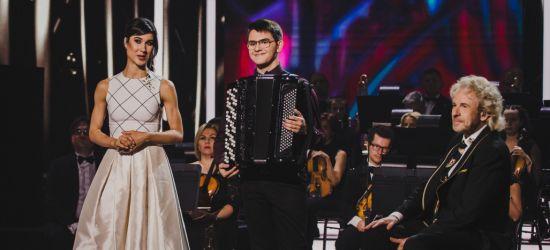 Uczeń sanockiej szkoły muzycznej wygrywa międzynarodowy talent show! (VIDEO, ZDJĘCIA)