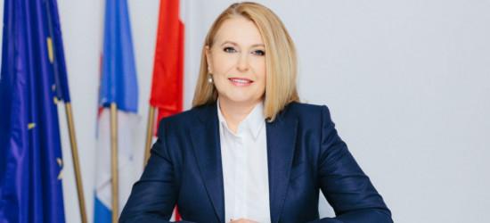 Elżbieta Łukacijewska wywalczyła pakiet praw i odszkodowań dla pasażerów kolei!