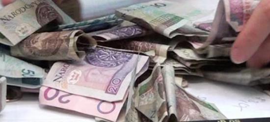 Okradł swojego pracodawcę. Zabrał z utargu 800 zł