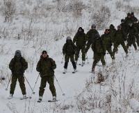Funkcjonariusze Straży Granicznej doskonalili się w patrolowaniu granicy na nartach (ZDJĘCIA)