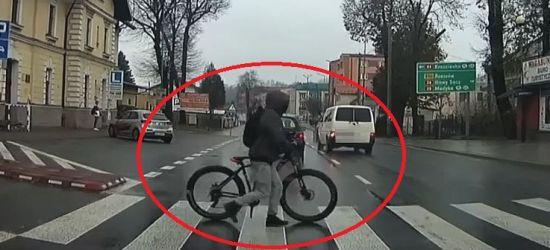 SANOK: Samochód wyhamował przed rowerzystą w ostatniej chwili! (VIDEO)