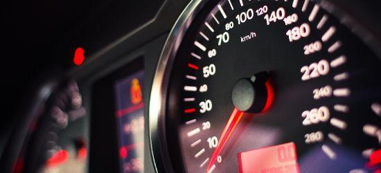 REGION: 124 km/h w zabudowanym, czyli jak się pozbyć prawa jazdy