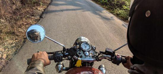GRABOWNICA. 15-latek na motocyklu uciekał przed policją do lasu