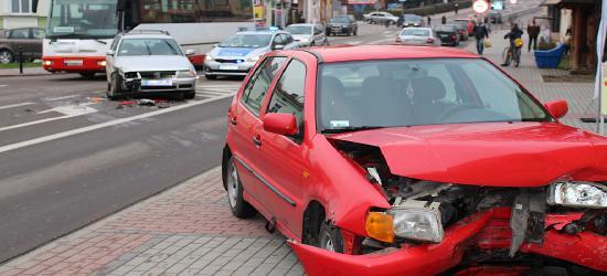 AKTUALIZACJA: Niebezpiecznie na skrzyżowaniu Jagiellońskiej z Konarskiego (ZDJĘCIA)