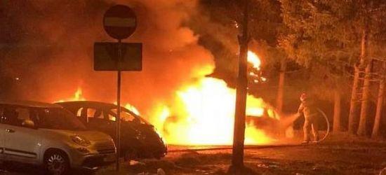ZOBACZ VIDEO z pożaru samochodów w Sanoku!