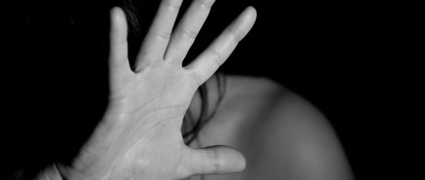 Prokuratura Okręgowa w Rzeszowie przejęła śledztwo ws. zgwałcenia 20-latki. Policja przygotowuje portret pamięciowy sprawcy