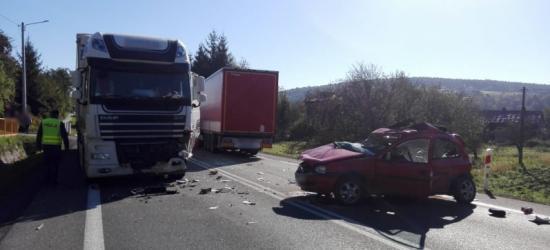 UWAGA KIEROWCY: Śmiertelny wypadek. Zablokowana droga w kierunku Rzeszowa (FOTO)