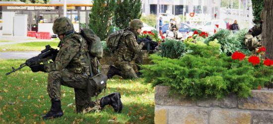 Terrorysta w Podkarpackim Urzędzie Marszałkowskim. Ćwiczenia służb (ZDJĘCIA)