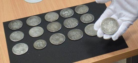 GRANICA: Carskie monety w portfelu kierowcy (VIDEO, FOTO)