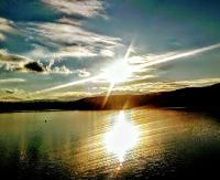 Pełne uroku, jesienne zachody słońca. Porcja kolejnych fotografii nadesłanych przez naszych Czytelników (ZDJĘCIA)