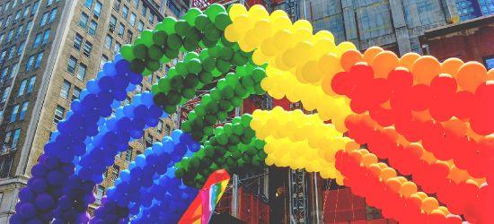 AKTUALIZACJA / LESKO: Powiat chce powstrzymać ideologię LGBT. Kontrowersje i lawina komentarzy
