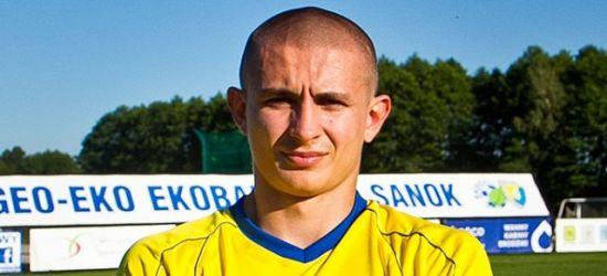 """Mateusz Kuzio szuka klubu. """"Chcę grać"""""""