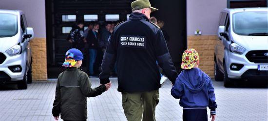 Blisko 2 tys. najmłodszych z wizytą u bieszczadzkich pograniczników