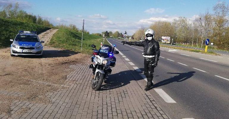 Jak zadbać o własne bezpieczeństwo podczas sezonu motocyklowego?