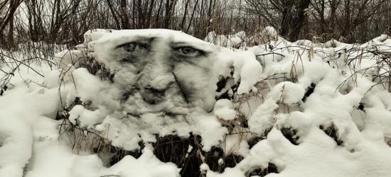 SANOK: Malunki na śniegu? Arkadiusza Andrejkowa sprayowe obrazki (FOTO)