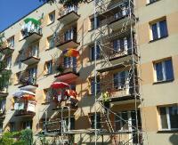 Pracowali nielegalnie przy remontach bloków mieszkalnych. Ukraińcy muszą opuścić Polskę, a o karze dla pracodawcy zdecyduje sąd