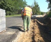 BUKOWSKO24.PL: Będzie bezpieczniej i jeszcze wygodniej. Trwa remont drogi Bukowsko – Pobiedno (FILM)