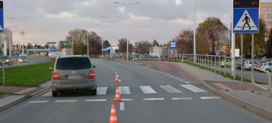 REGION: Potrącenie kobiety na przejściu dla pieszych (FOTO)