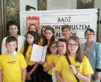 Wolontariusze z Zagórza wyróżnieni w Warszawie! Film wybrano spośród 400 nadesłanych prac (ZDJĘCIA, FILM)