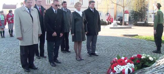 """75. rocznica zbrodni katyńskiej i 5. katastrofy smoleńskiej. """"Przekazuje się nam półprawdę"""" (FILM)"""