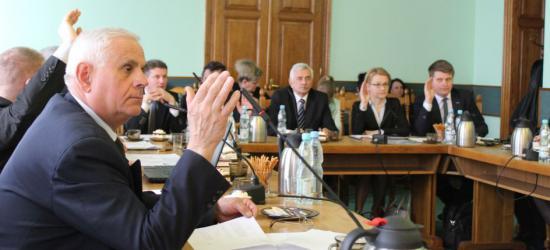 DZISIAJ: Czy zarząd powiatu otrzyma absolutorium za wykonanie budżetu w 2014 roku?