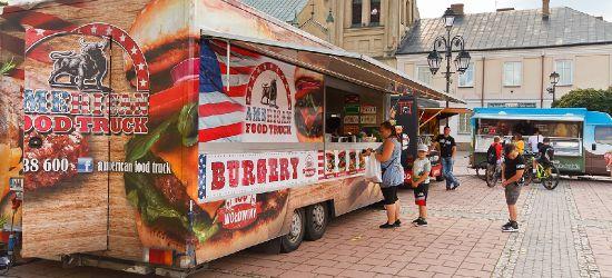 Food trucki na Rynku w Sanoku. FOTORELACJA
