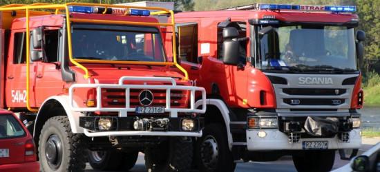 Kolizja na Lwowskiej. Zderzenie osobówki z ciężarówką