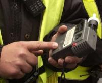 KRONIKA POLICYJNA: Pijany, który spowodował kolizję, pogróżki i uszkodzony nos