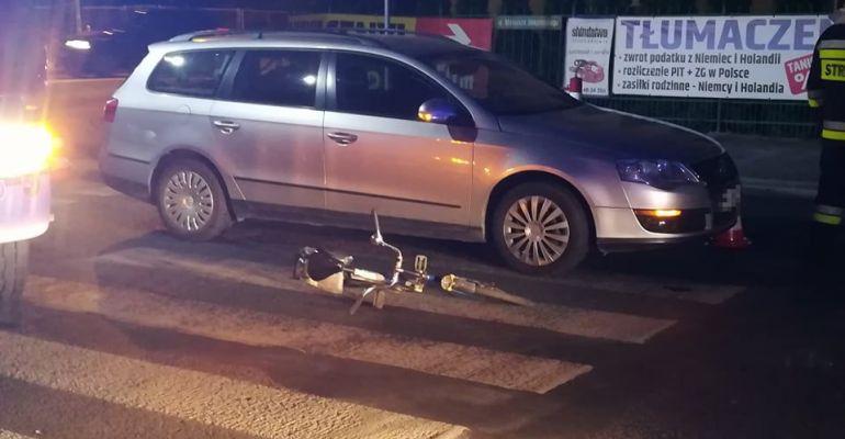 SANOK: Niebezpiecznie na przejściu dla pieszych. Rowerzystka w szpitalu (ZDJĘCIA)