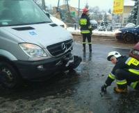 ZAGÓRZ: Zderzenie busa, który przewoził niepełnosprawnych z osobówką (ZDJĘCIA)