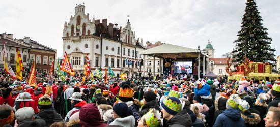 Tłumy na orszaku w Rzeszowie. Cuda ogłaszali! (ZDJĘCIA)