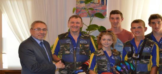 Pokój i eurointegracja Ukrainy. Sanok na mapie rowerowego maratonu ukraińskiej młodzieży (ZDJĘCIA)