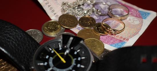 Kradzież pieniędzy, biżuterii i… gołębi. Zobacz tygodniową kronikę policyjną