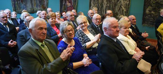 SANOK: Złote gody na 52 pary! Gratulacje dla małżonków! (FOTO)