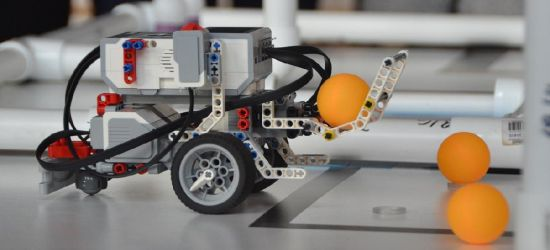 Uczniowie skonstruowali fenomenalne roboty! ZOBACZ VIDEO