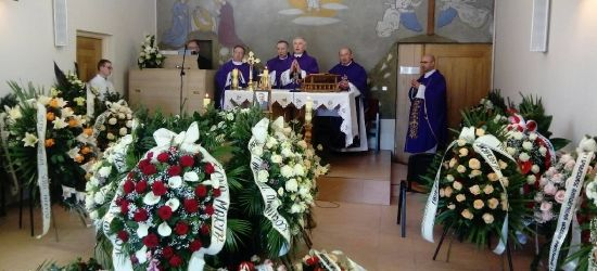 Trwają uroczystości pogrzebowe śp. Tadeusza Pióro (ZDJĘCIA)