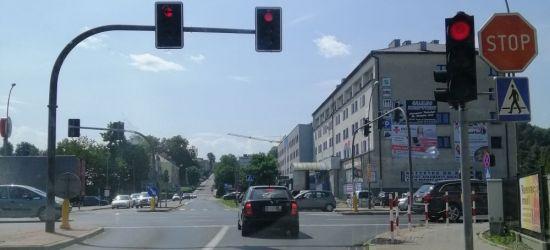 SANOK: Wjeżdżają na skrzyżowanie na czerwonym świetle! Nagminnie (ZDJĘCIA)