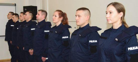 17 nowych policjantów rozpoczęło służbę. Dziś złożyli ślubowanie (FOTO)