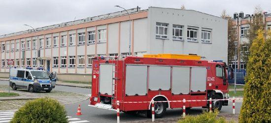 Prawie 1000 studentów ewakuowanych z Politechniki Rzeszowskiej! Wyciek gazu (FOTO)