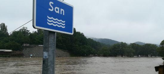 Intensywne opady deszczu. Możliwy gwałtowny wzrost poziomu wody w Sanie
