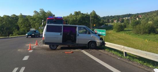 Volkswagen zderzył się z audi. Trzech mężczyzn w szpitalu (FOTO)