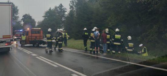 Wypadek w Brzozowie. Jedna osoba trafiła do szpitala (VIDEO, FOTO)