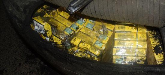 PODKARPACIE. 2 tysiące paczek papierosów w kole zapasowym! (ZDJĘCIA)