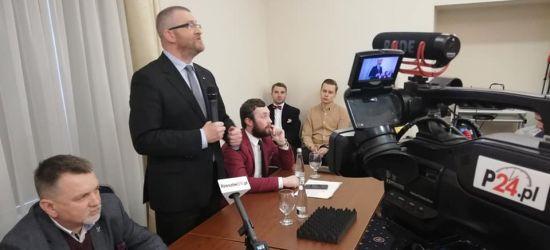 SANOK: Grzegorz Braun na spotkaniu z mieszkańcami (ZOBACZ LIVE)