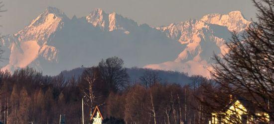 Słoneczny poranek z widokiem na Tatry. Zobacz fantastyczne zdjęcia!