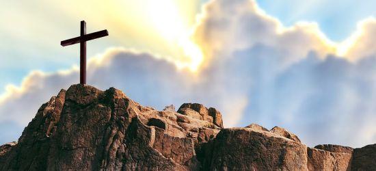 WIELKI PIĄTEK: Dzień zadumy i wyciszenia
