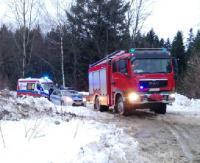 Wypadek przy załadunku drewna. Ranny 62-letni mężczyzna